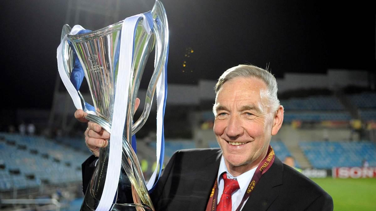 Bernd Schröder als Champions League Sieger
