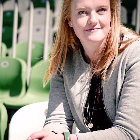Johanna Göddecke vom FRÜF-Podcast